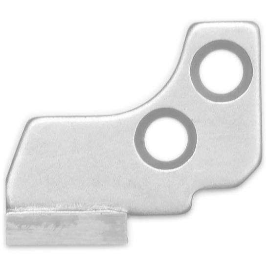 Нижний нож для оверлока Janome 788013009